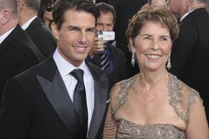 mary lee south gestorben: tom cruise: mutter mit scientology-ritual beerdigt