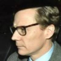 Facebook-Datenskandal: Cambridge Analytica suspendiert Chef