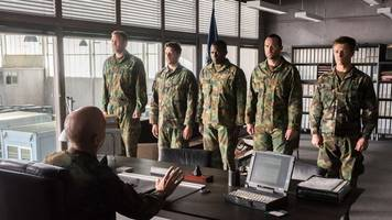 film - action unter wasser: renegades - mission of honor