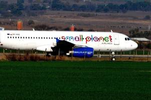 wegen pannenserie: airline small planet meldet insolvenz an