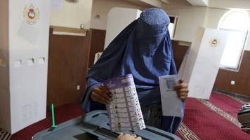 Attacken durch Taliban: Angriffe und Chaos bei Parlamentswahl in Afghanistan