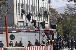 mehrere tote bei angriff auf ministerium in kabul
