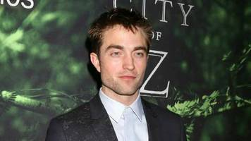 Robert Pattinson: Superhelden-Trilogie im Anflug
