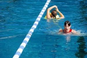 Erste Hilfe: DLRG in Bargteheide bildet wieder Rettungsschwimmer aus