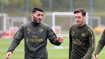 premier league - Özil und kolasinac nicht im arsenal-kader:zwischenfälle