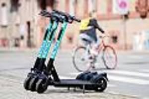"zwei monate nach der zulassung - bittere e-scooter-bilanz: ""der verkehrsminister hat sich einen bären aufbinden lassen"""