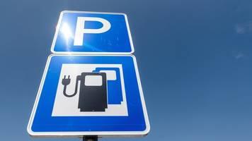 Ausbau der Elektroauto-Ladesäulen in NRW zieht an