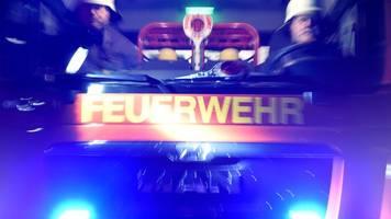 Feuerwehr rettet 14 Menschen bei Hausbrand in München