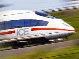 Freifahrten für Soldaten: AKK macht Druck auf die Deutsche Bahn