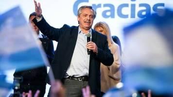 Argentiniens Börsenkurse brechen nach Macris Vorwahl-Schlappe ein