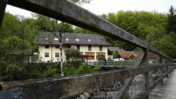 News von heute: Passauer Armbrust-Fall: Opfer wurden mit K.-o.-Tropfen betäubt