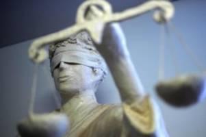 Prozesse: Kinder missbraucht: Urteil gegen Pflegevater erwartet