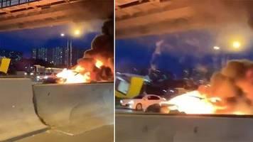 Mitten im Stadtverkehr: Tesla Model 3 explodiert nach Auffahrunfall