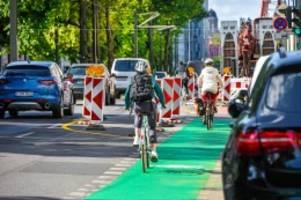 verkehr: radwege in berlin: verkehrswende mit hindernissen
