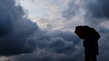 wechselhaftes wetter: temperaturen knapp über 20 grad