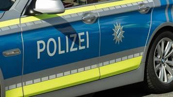 Bayern: Brüder zünden Carport an und verwüsten Nachbarschaft