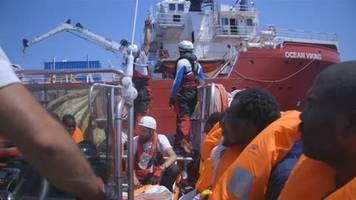 Video: Gericht kontert Salvini - Rettungsschiff darf in italienische Gewässer