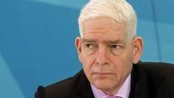 josef schuster will mehr zivilcourage gegen antisemitismus
