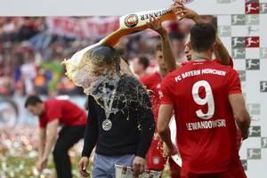 FC Bayern München: Details über Transfer-Fehler lassen Fans toben