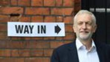 Brexit: Labour-Chef Jeremy Corbyn strebt Misstrauensvotum gegen Boris Johnson an