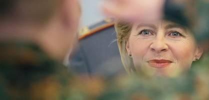 Verabschiedung von Ex-Ministerin Ursula von der Leyen