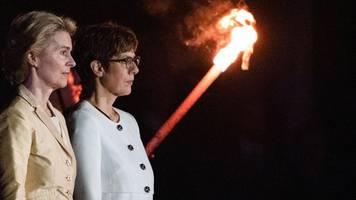 Wind of Change zum Abschied: Großer Zapfenstreich für Ursula von der Leyen