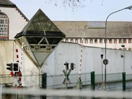 Großfahndung der Polizei: Häftling flieht aus Bochumer Gefängnis