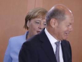 Medien melden neue Schuldenpläne: Kassieren Merkel und Scholz Schwarze Null?