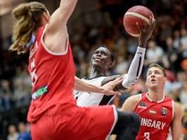Schröder glänzt beim Supercup: Deutsche Basketballer dominieren Ungarn