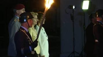 Video: Großer Zapfenstreich für Ursula von der Leyen