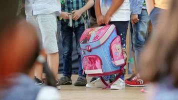Datenschutz: Viele Schulen verbieten Eltern das Fotografieren der Kinder bei der Einschulung