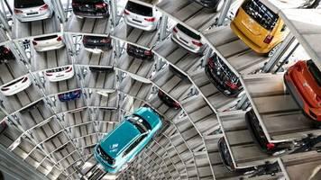 autobauer: vw-konzern verkauft im juli weniger fahrzeuge