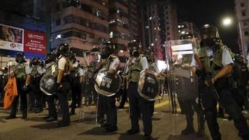 Deutliche Warnung: Peking droht Hongkongern mit gewaltsamer Lösung
