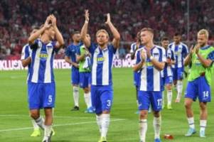 Fußball: Covic kann nach Debüt strahlen: Hertha ärgert Bayern