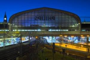 Hamburg: Rettungseinsatz am Hauptbahnhof: Linie U1 unterbrochen