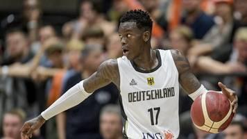 Traditionsturnier in Hamburg: Basketballer gewinnen vorzeitig Supercup - Schröder glänzt