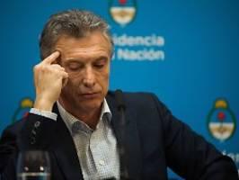 finanzminister ausgewechselt: argentinien stemmt sich gegen kollaps
