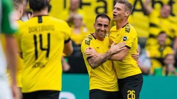 1. Bundesliga-Spieltag: Dortmund grüßt von ganz oben - Wehmut und Freude im Breisgau