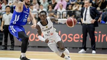 Supercup in Hamburg - Schröder lobt Basketball-Team: Zusammen guten Job gemacht