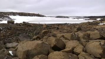 Video: Folge des Klimawandels: Island gedenkt geschmolzenem Gletscher