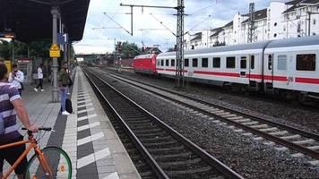 Vor allem Südwesten betroffen: Nach Unwetter: Verspätungen im Bahnverkehr