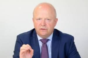 Parteien: FDP-Chef Theurer warnt vor schwierigen Wahlen im Osten