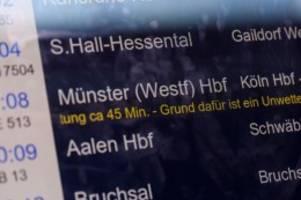 Unwetter: Bahnausfälle entschuldigen kein Zuspätkommen im Job