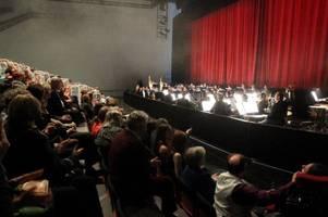 Untreue: Theater-Mitarbeiter entgeht Gefängnis
