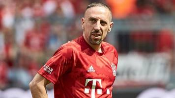 FC Bayern München: Franck Ribery deutet Wechsel an – zur AC Florenz?