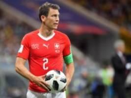 Transferblog: Augsburg holt früheren Juventus-Profi Lichtsteiner