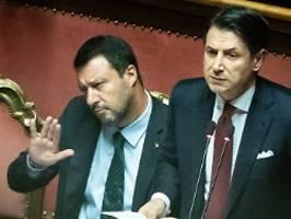 Italien zwischen den Regierungen: Salvini macht die ersten Fehler