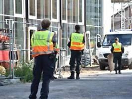 Razzien gegen Schwarzarbeit: Tausende Beamte durchsuchen Baustellen