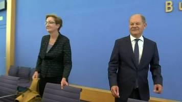 Video: Wahl zum SPD-Vorsitz: Scholz tritt mit Klara Geywitz an