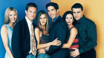 Binge-Watching im Büro: 55 Folgen Friends bei der Arbeit geguckt: Firma verklagt Ex-Mitarbeiterin